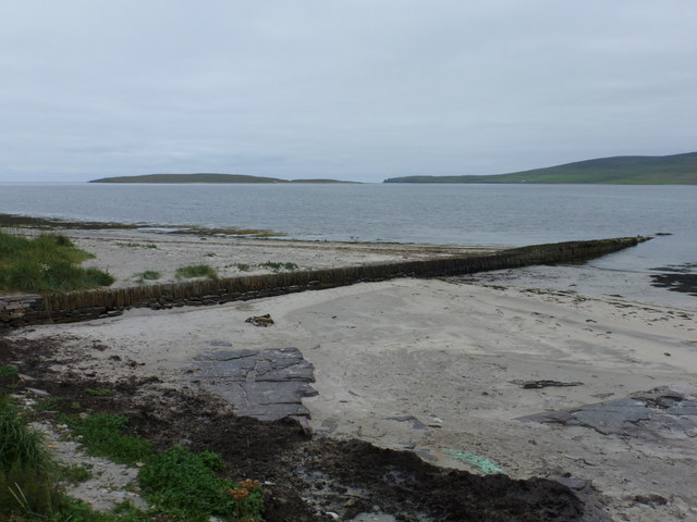 Evie: shore of Eynhallow Sound