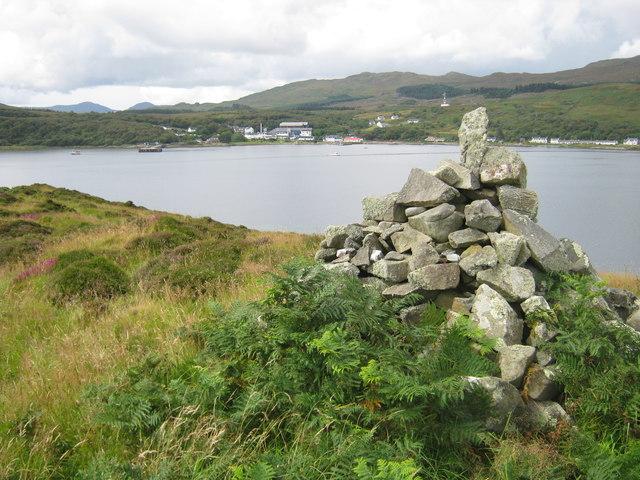 Cairn on Eilean nan Gabhar