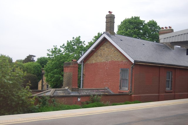 Kent House Station