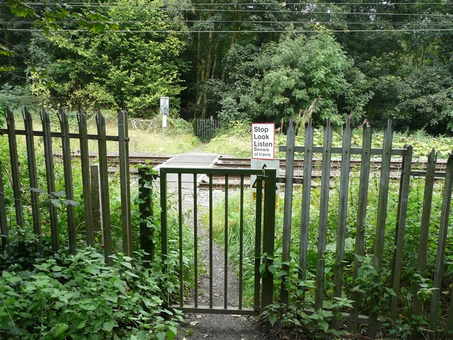 Footpath level crossing, Hirst Wood, Saltaire