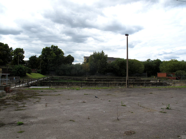 Disused filter beds (2)