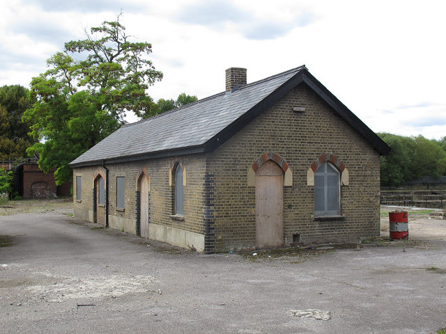 Disused building, Merton STW