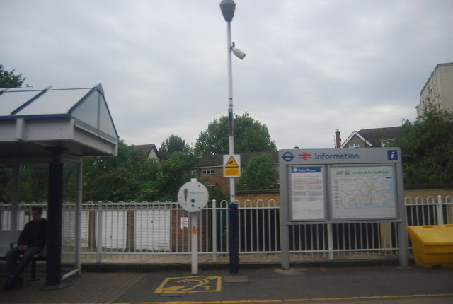 Information point, Chiswick Station