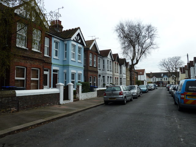 Early April in St Anselm's Road