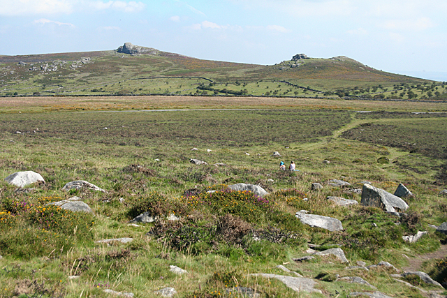 Widecombe in the Moor: towards Haytor Rocks and Saddle Tor