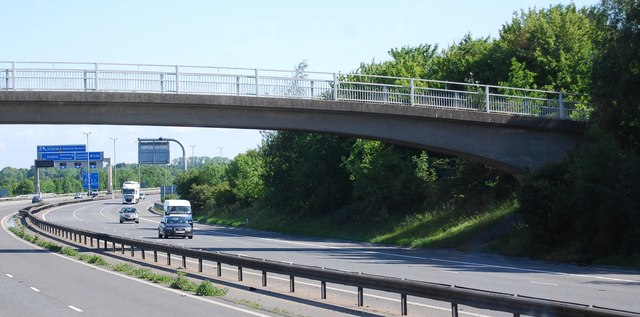Bridge over the M11