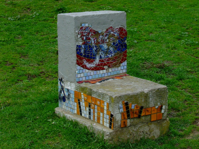 Sculpture in Elthorne Park