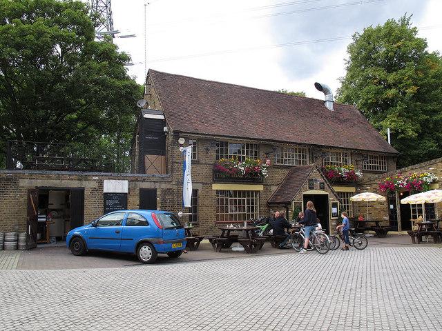 The William Morris pub