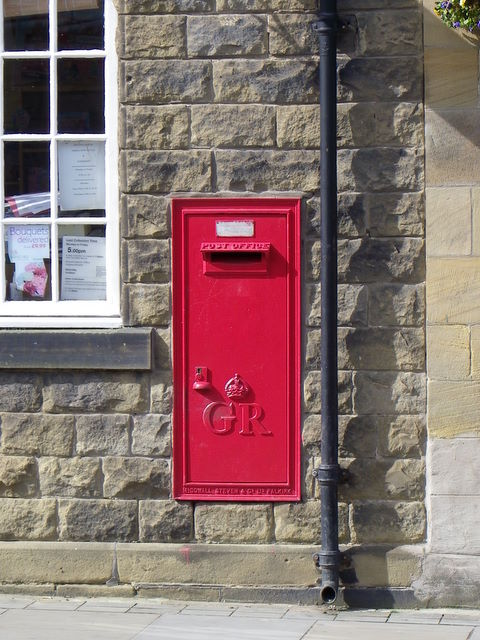 Postbox, Amble