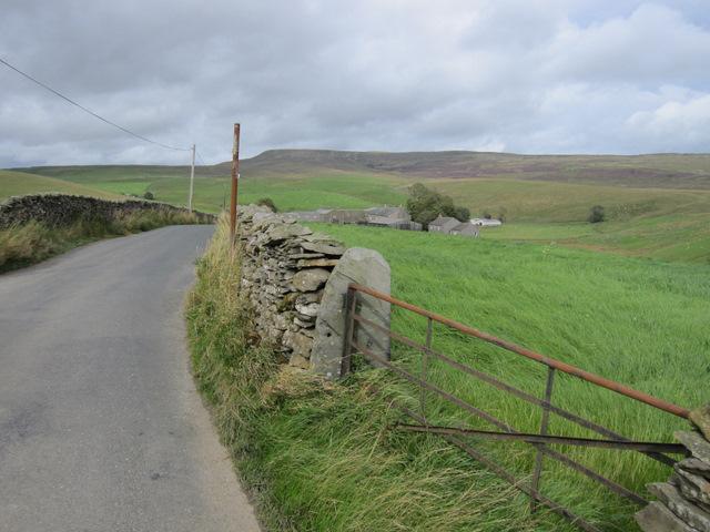 Field gate in Goat Lane and Sannat Hall Farm
