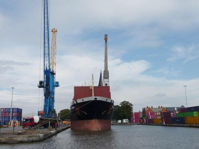 Big empty ship, Aldam Dock