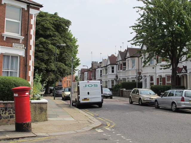Riffel Road / Chandos Road, NW2