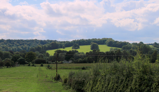 2011 : Across the Wylye Valley from the A36