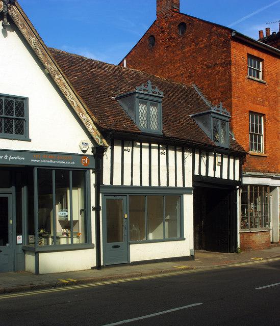 Empty shop, Bridge Street, Hitchin