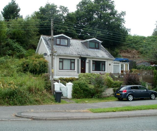 Pontneathvaughan Road house, Glynneath