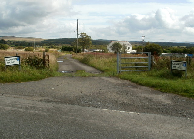 Access road to Blaenywaun Cottages