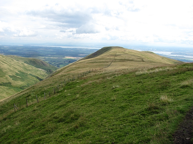 Ridge between Ben Ever and Wood Hill
