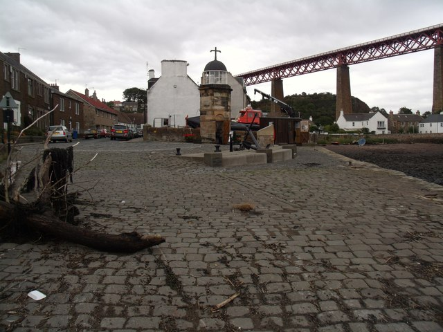 Harbour Light Tower, North Queensferry