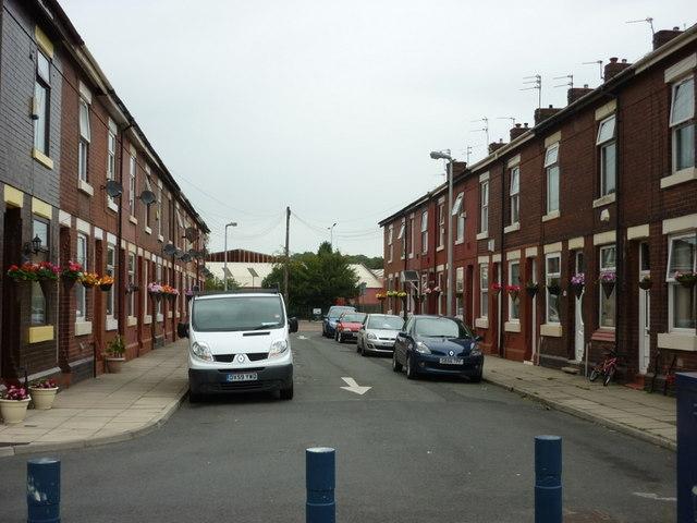 Thornfield Street, a street of hanging baskets