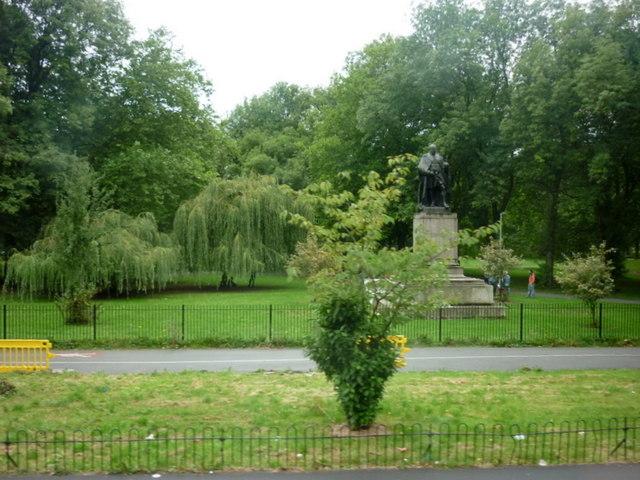 Edward VII in Whitworth Park