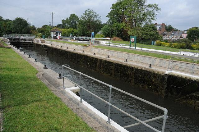 Sunbury Lock