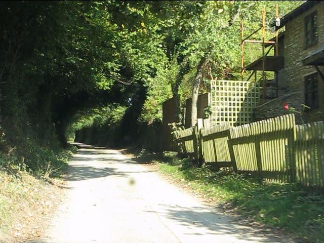 Lane to Upper Lye