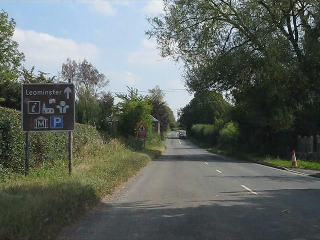 B4529 approaching Leominster