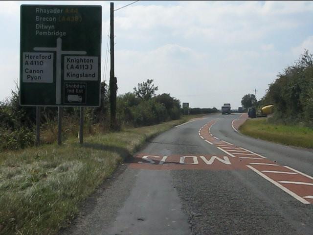 A44 approaching Bainstree Cross