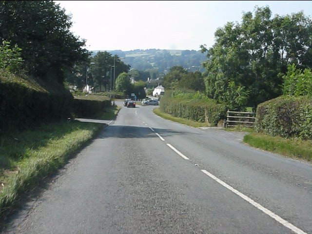 A44 approaching Kington's bypass