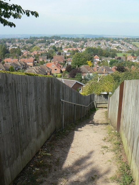 Footpath from Dewberry Hill