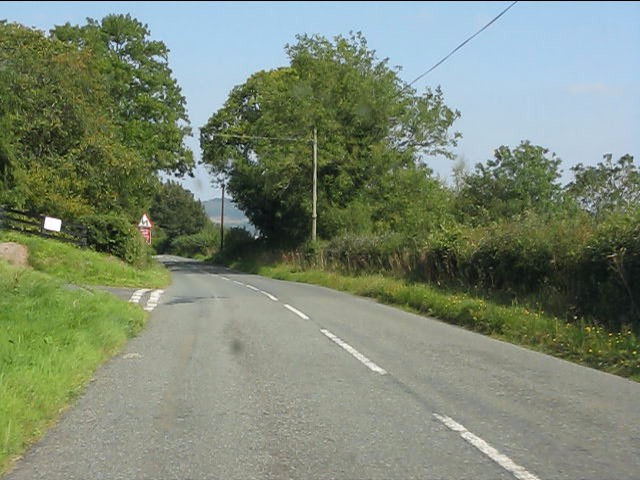 B4372 at the entrance to Knowle Farm