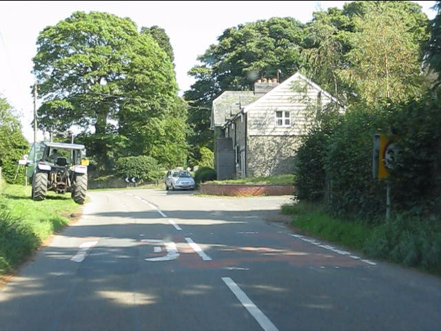 B4372 enters Kinnerton