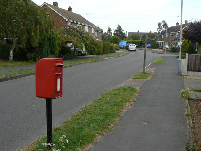 St Lawrence Boulevard postbox ref NG12 6