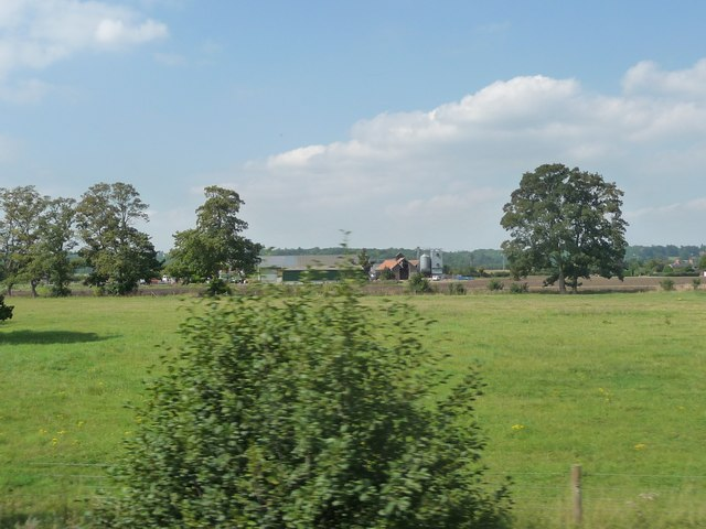 West Berkshire : Grassy Field