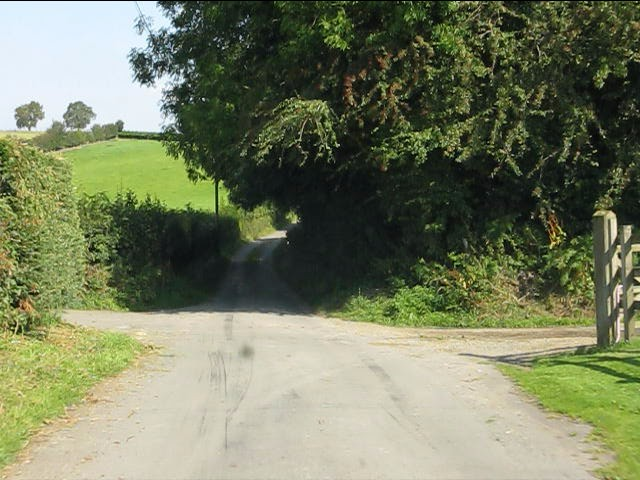 Lane crossroads at Thorn