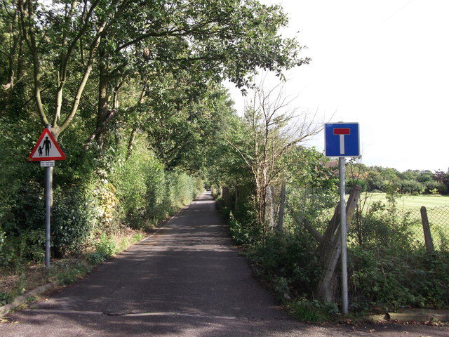 End of Thornet Wood Road