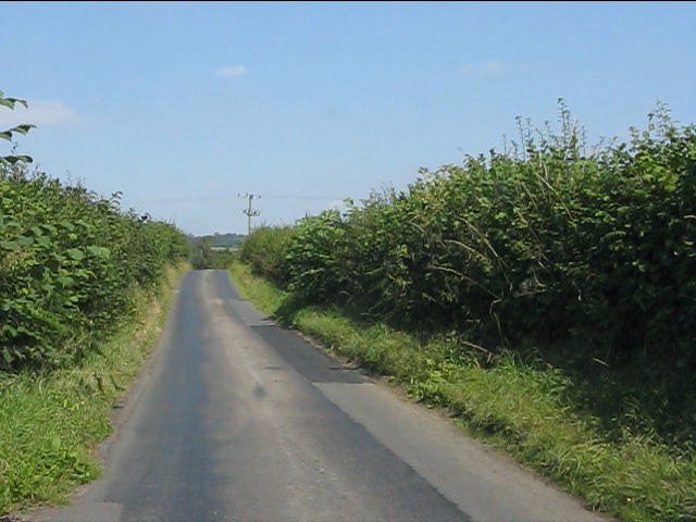 Lane from Ackhill House to Home Farm