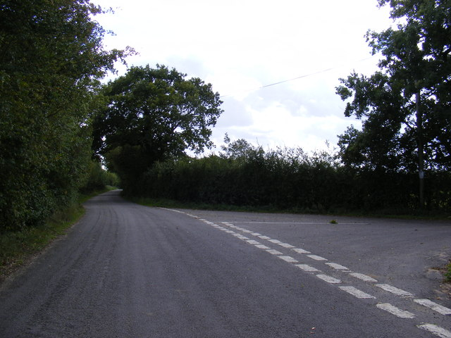 Road Junction near Bally Hoo Cottage