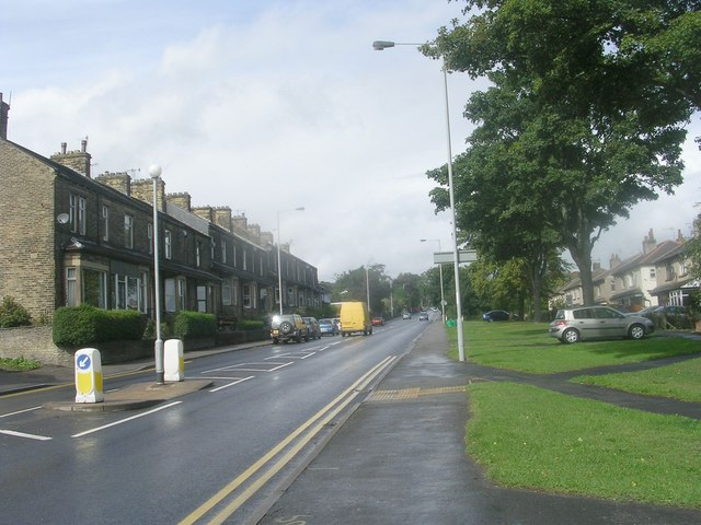Leeds Road - viewed from Leamington Drive