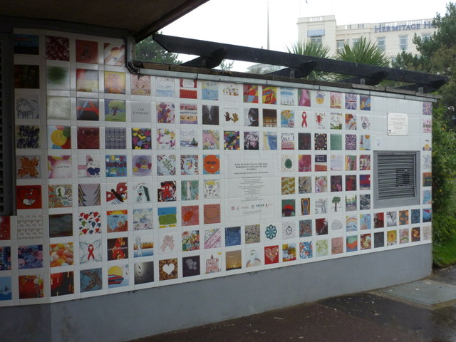 Bournemouth: AIDS memorial wall
