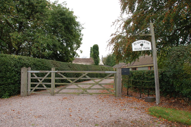 Entrance to Beighterton House Farm