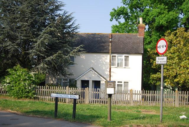 Victorian Cottage, Warrington Rd