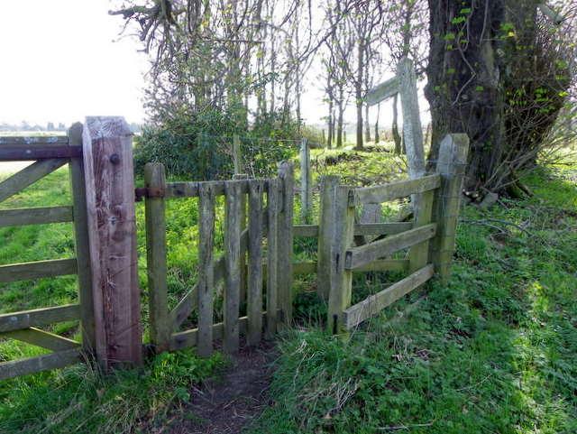 Kissing gate near Longhoughton