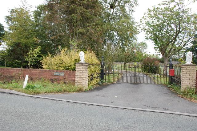 Entrance to Seven Oaks
