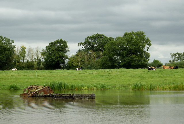 Canal and pasture south of Rudheath, Cheshire