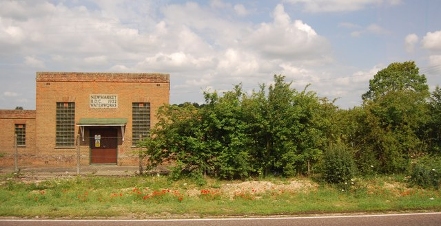 Pumping station by the A11