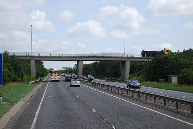 B1085 bridge over the A11