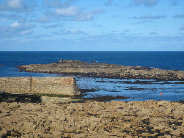 The Cowloe rocks exposed by a very low tide