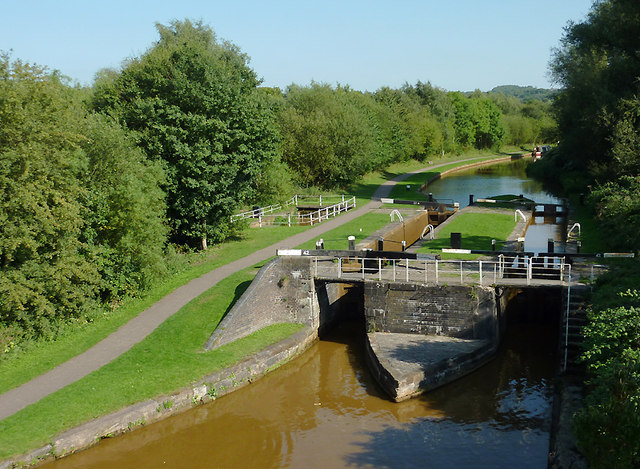 Paired locks No 42 at Hardings Wood, Staffordshire