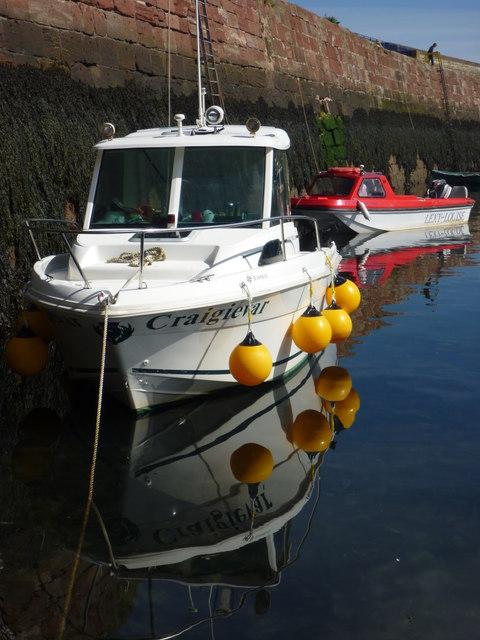 Coastal East Lothian : Cragievar and Lexy Louise at Victoria Harbour, Dunbar